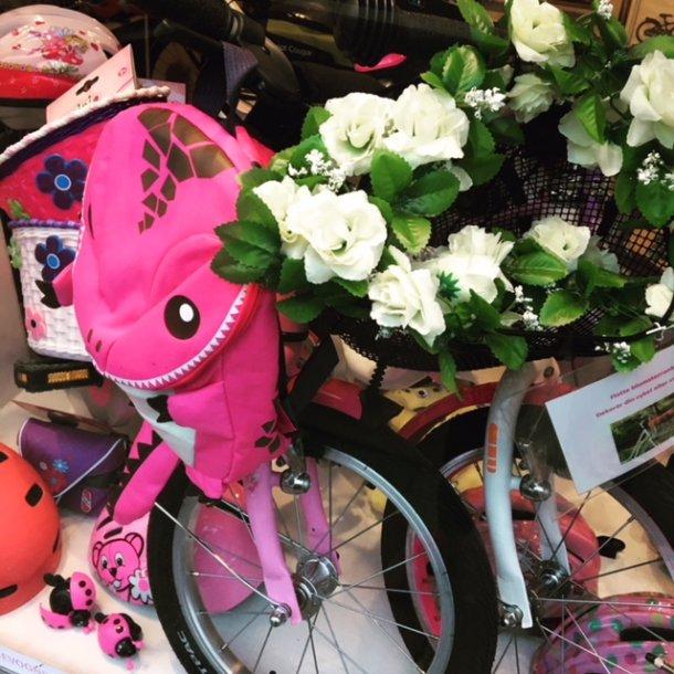 Blomsterranke til cykelkurve og cykler